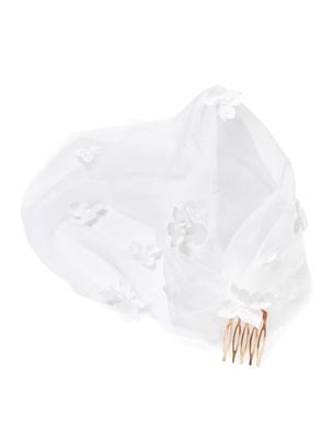 Bridal Veil - Ivory Flower