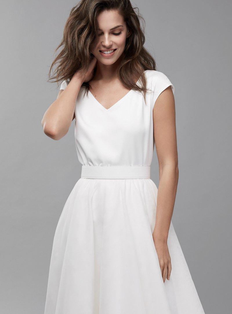 Hochzeitskleider schlicht & modern  Piqyourdress