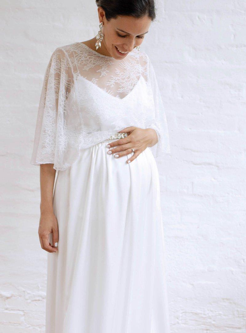 Hochzeitskleider Brautmode Fur Schwangere Piqyourdress